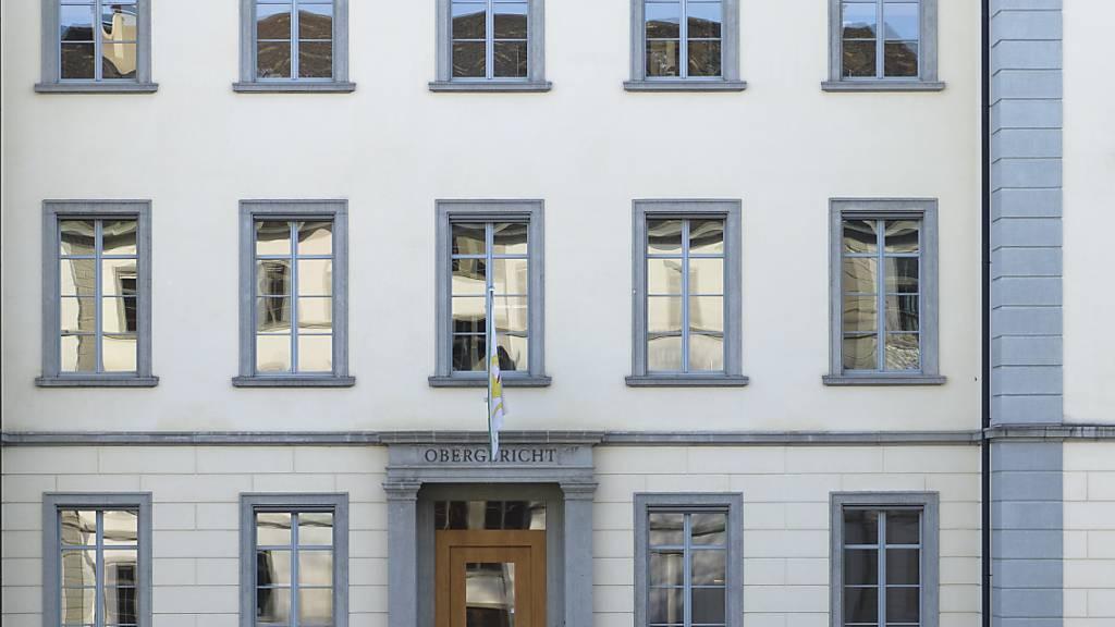 Der Streit zwischen der Gewerkschaft Unia und dem Besitzer vom Schloss Sonnenberg in Stettfurt ist um ein Kapitel reicher. Das Thurgauer Obergericht hat die Berufung des Privatklägers gegen den Freispruch des Unia-Mitarbeiters abgewiesen. (Archivbild)