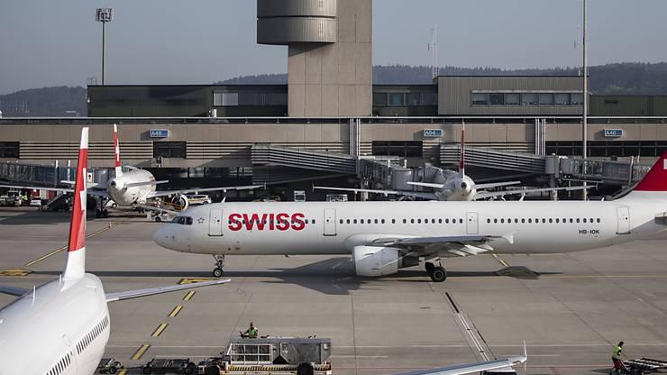 Der Flughafen Zürich bleibt auf Wachstumskurs: Erneut hat die Zahl der Passagiere zugenommen. (Archiv)