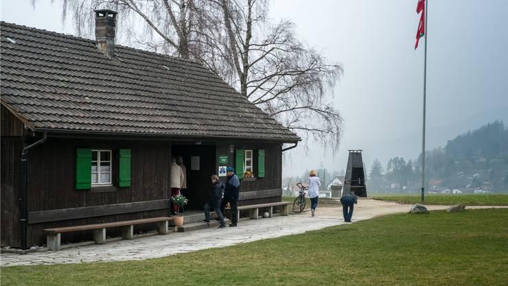 Der Frauenverein hat die Ischlag-Hütter saniert. Sie ist im Besitz der Ortsbürger.