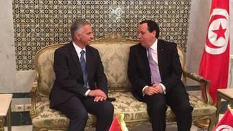 Bundesrat Didier Burkhalter hat mit seinem Amtskollegen Khemaies Jhinaoui in Tunis über den Demokratisierungsprozess des Landes und die Zukunftsperspektiven für Jugendliche gesprochen.