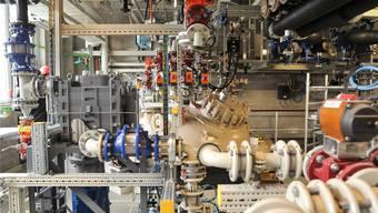 Ausschnitt aus der neuen Produktionsanlage der Cabb AG, die heute in Schweizerhalle eingeweiht wird.  (Archivbild Juni 2016)