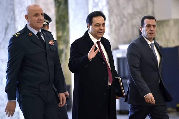 Der Libanesische Premierminister Hassan Diab reagiert mit seinem Rücktritt auf die gwaltsamen Proteste im Land.