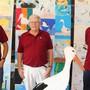 Setzen sich für den Storch ein: die beiden Co-Präsidenten des Natur- und Vogelschutzvereins Hansruedi Böni (l.) und Markus Kasper (r.) sowie Martin Hohermuth, OK-Präsident der Jubiläumsfeier.