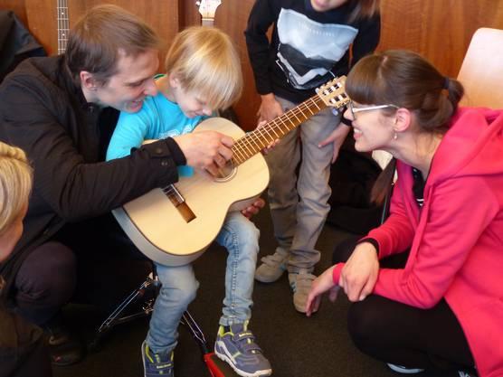 Nicht nur die Kinder hatten ihre Freude am Erlebnis Musik.