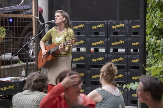 Frauenstreik, Odeon Garten, Brugg, 14. Juni 2019.