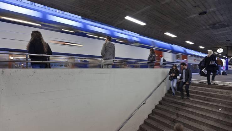 Der Aslybewerber wurde am Bahnhof Zürich-Altstetten angegriffen (Symbolbild)