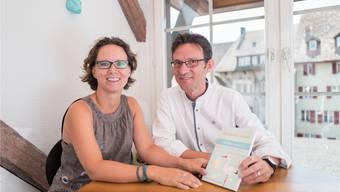 Sara und Peter Michalik in ihrer Praxis in der Aarauer Altstadt.Mario Heller