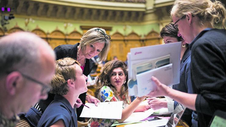 Irene Kälin (l.) und Aline Trede (r.) wollen Jobsharing im Bundesrat. Sibel Arslan (Mitte) sähe das auch gerne in der Basler Regierung. (Archivbild)
