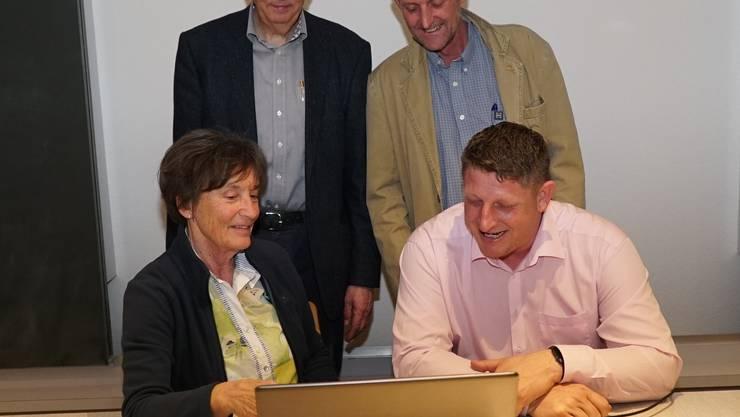 von links nach rechts: Nelly Lehmann, Werner Schneider, Jules Steiger und Beat Käser (neuer Präsident) Foto: Mechthild Babel