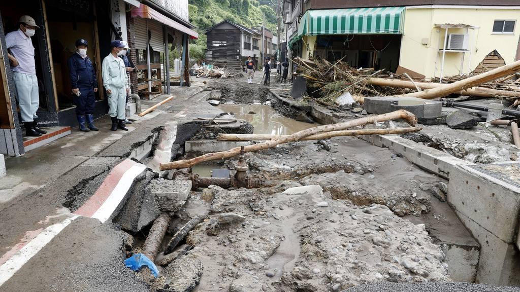 Weiter Unwetter in Japan – Dutzende Todesopfer