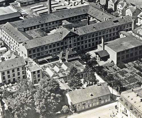 «Davor»: Blick auf das Tagblatt-Haus und das dahinterliegende Druckereigebäude.
