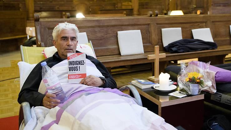 Der Pfarrer Daniel Fatzer beendete am Freitag nach 23 Tagen seinen Hungerstreik. (Archivbild)