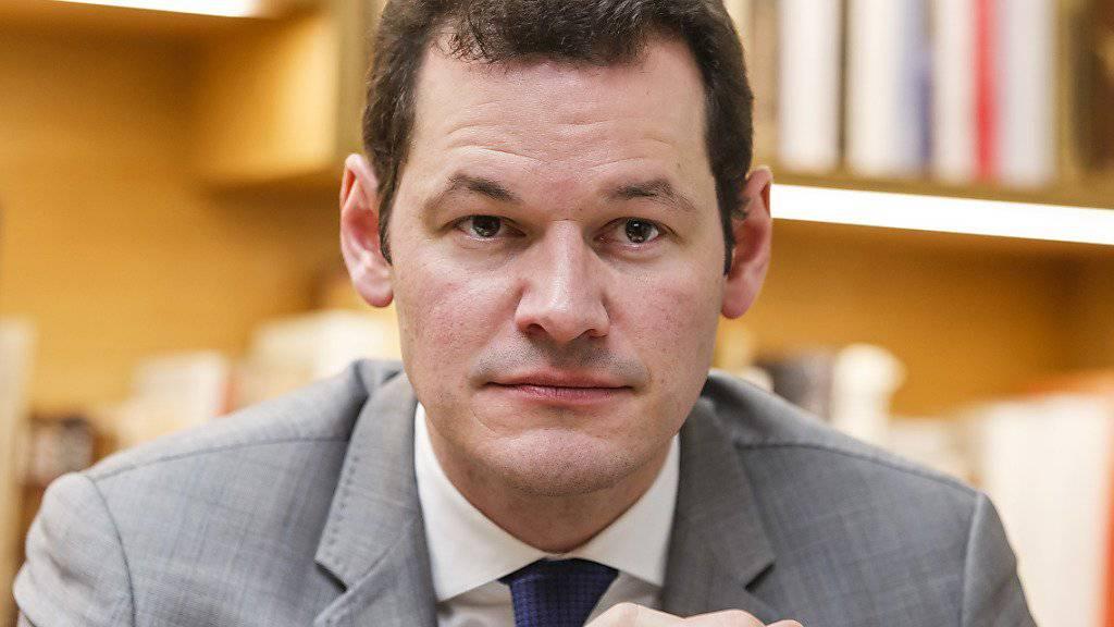 Der Genfer Sicherheitsdirektor Pierre Maudet reiste im November 2015 mit seiner Familie und seinem Stabschef nach Abu Dhabi. (Archivbild)
