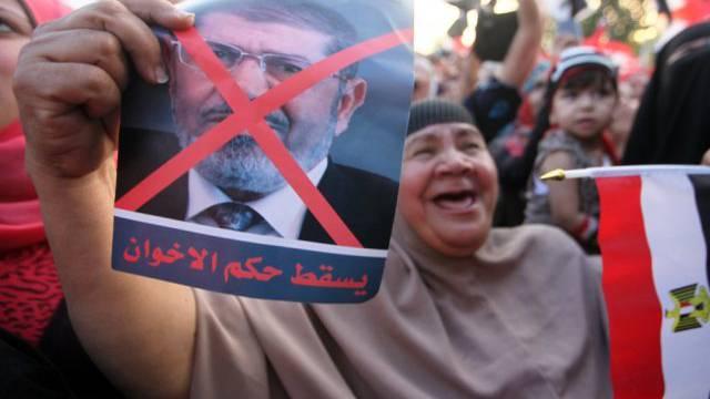 Zehntausende protestieren in Ägypten gegen Präsident Mursi
