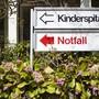 """Mehr Kinder mit Schütteltrauma: Die Kinderschutzgruppe des Universitätsspitals Zürich verzeichnet eine Zunahme von """"Schüttelbabys""""."""