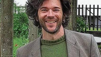 Musiker Gabriel Kramer möchte in Innenhöfen auftreten.