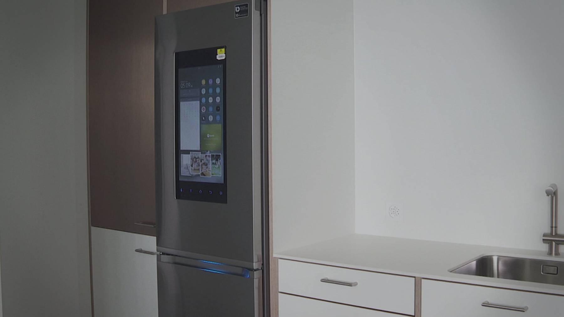 Ein Kühlschrank mit eingebauter Kamera gibt es jetzt in einer Wohnung in St.Gallen