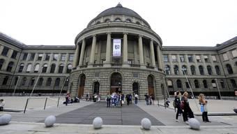 Die ETH Zürich überholt die University of Cambridge und steht neu auf Platz 6. (Archiv)