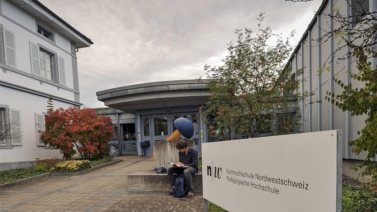 Die akademische Ausrichtung der Pädagogischen Hochschule (hier Liestal) wird von den Mitarbeitenden und Studierenden kritisiert.