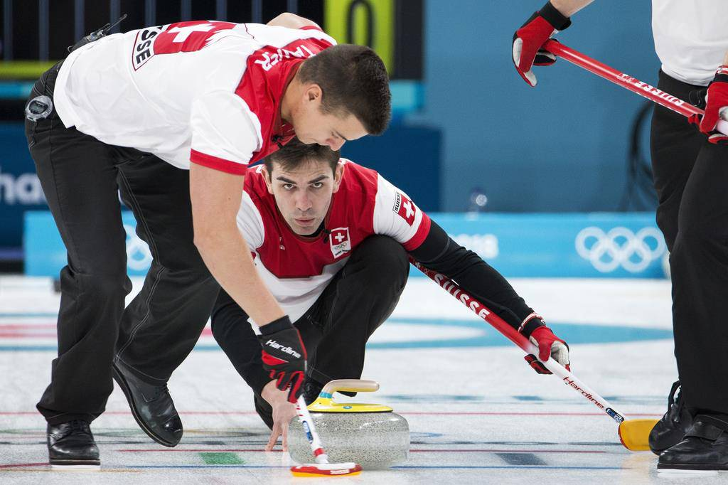 Schweizer Curler besiegen Schweden
