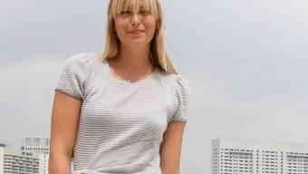 Machts wie der Gottschalk: Maria Scharapowa verkauft Gummibärchen (Archiv)
