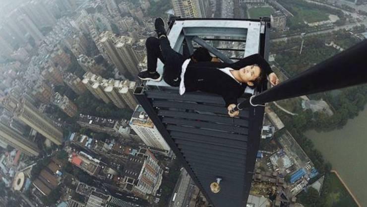 Wu Yongning kletterte ungesichert auf über 300 Wolkenkratzer in China und knipste spektakuläre Bilder