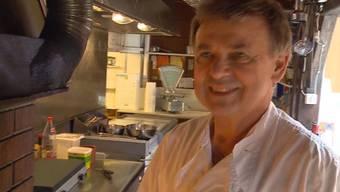Das Restaurant Einsiedelei in Rüttenen wurde am 1. Mai von einem Unwetter völlig verwüstet. Für den Besitzer Franz Aerni brach eine Welt zusammen. Nun hat er neuen Mut gefasst und seine Gaststätte wieder Stück für Stück aufgebaut.