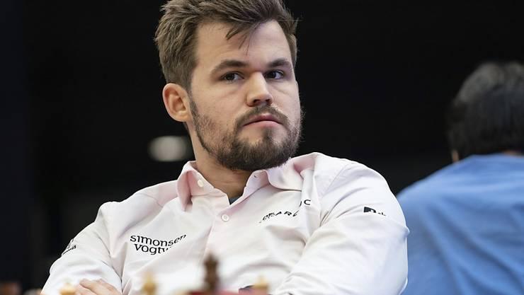 Magnus Carlsen gewinnt auch mit Bart.