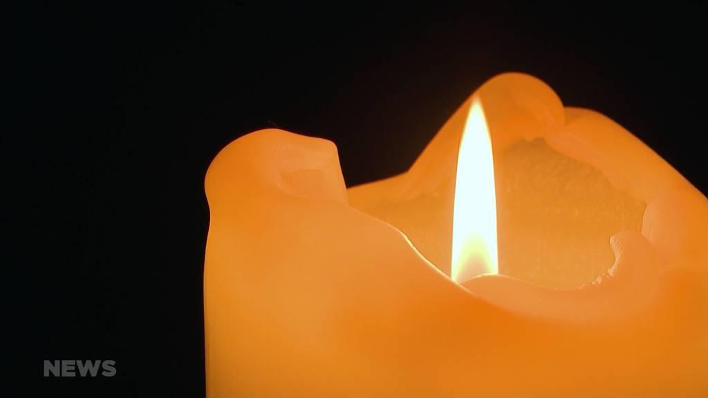 Corona-Pandemie: Schweigeminute für über 9300 Corona-Todesopfer