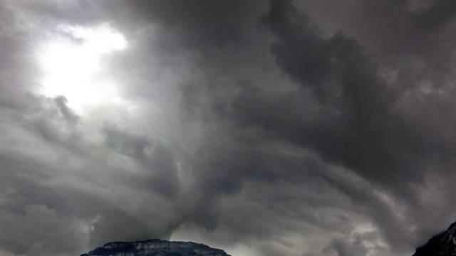 Ein Tief sorgt für Orkanböen in der Schweiz (Archiv)