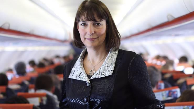 EasyJet-Chefin Carolyn McCall ist oft in Europa unterwegs – natürlich immer in ihrer eigenen Airline.