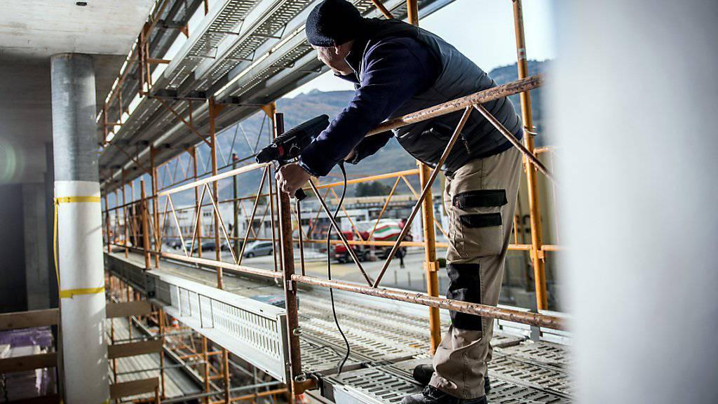 Mehr Männer und Ausländer waren im dritten Quartal in der Schweiz erwerbstätig. (Archiv)