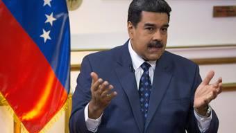 Venezuelas Machthaber Nicolás Maduro ist bereits wegen Covid-19 unter Druck - jetzt treibt ihn die US-Justiz endgültig in die Enge.