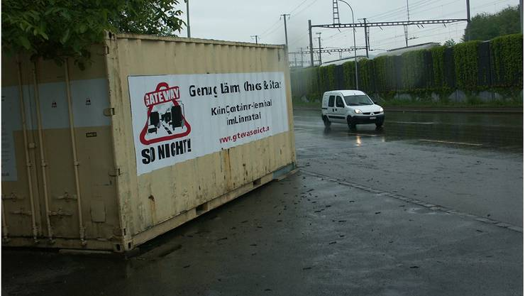 2008: Protestcontainer des Komitees «Gateway: so nicht!». sul