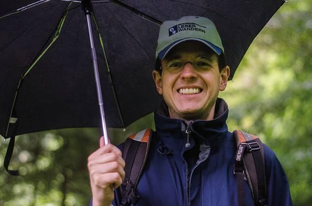 Christian Dorer, az-Chefredaktor und wetterfester Wanderer.