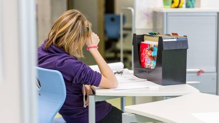 Nur zwölf Kantone verfügen über eine stationäre Kinder- und Jugendpsychiatrie. Bei den psychiatrischen Diensten der soH sind rund 2000 Kinder und Jugendliche in Behandlung. (Symbolbild)