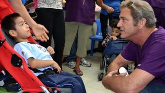 Mel Gibson leistet Sozialstunden in Guatemala