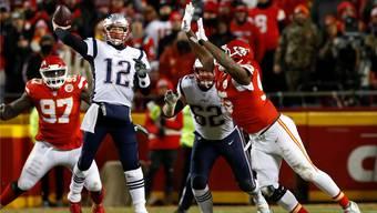 Quarterback Tom Brady (l.) spielte zwar gegen Kansas City nicht perfekt, vermochte aber in den wichtigen Momenten die entscheidenden Akzente zu setzen.