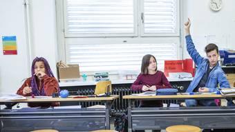 Wie viele Plätze bleiben am Montag frei, wenn der Präsenzunterricht eigentlich wieder Pflicht wäre?
