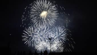 Big Bang Feuerwerk in der Bieler Seebucht