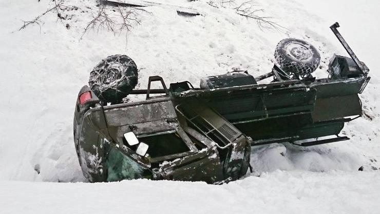 Bei einem Armee-Duro-Unfall wurden acht Personen verletzt