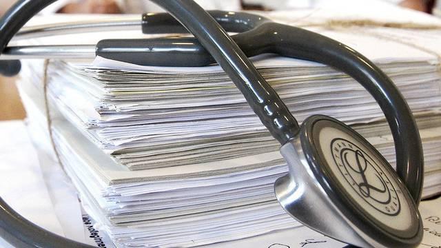 Die Invalidenversicherung sieht keinen Grund für die Veröffentlichung der Statistik zu den Gutachtern. (Symbolbild)