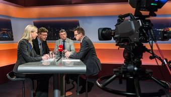 Von links: Maya Meier (SVP), Dieter Egli (SP), Peter Voser (CVP) und Moderator Christian Dorer.