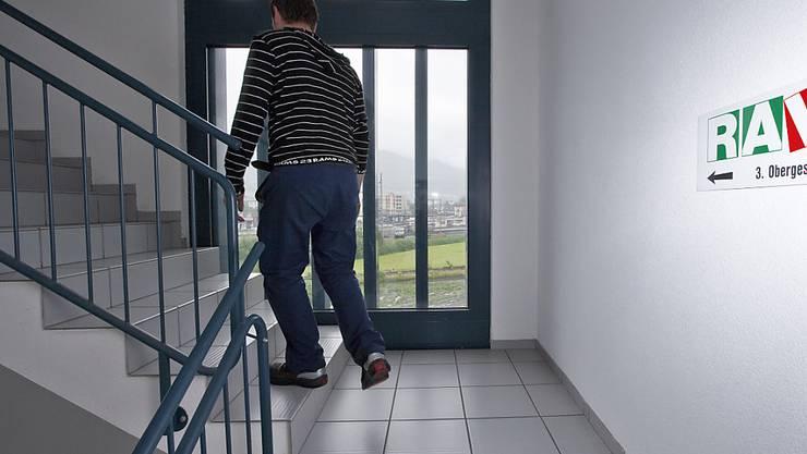 Im November waren in der Schweiz 4697 mehr Menschen arbeitslos, als noch im Oktober. Damit kletterte die Quote auf 3,3 Prozent. (Archiv)