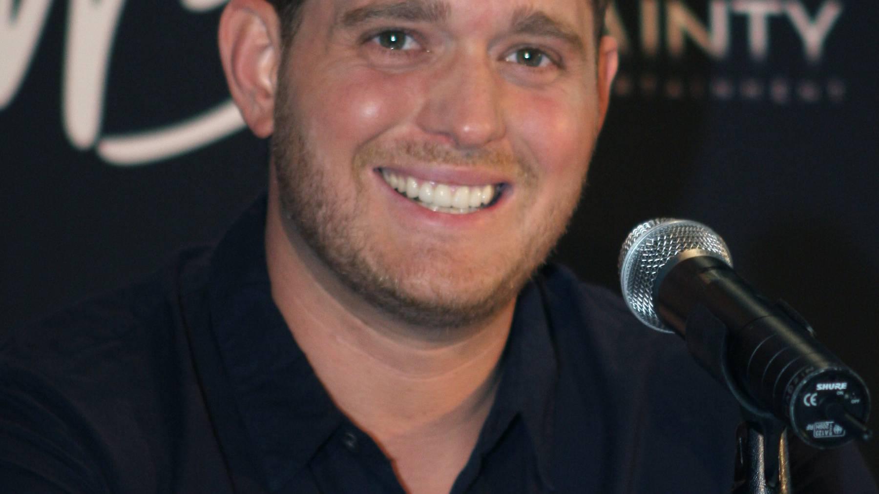 Michael Bublé moderiert die BRIT Awards 2017