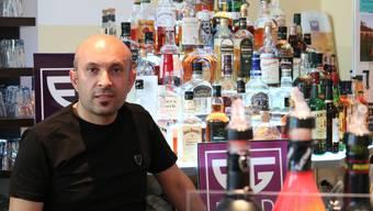 Hasan Us in der EG-Bar.