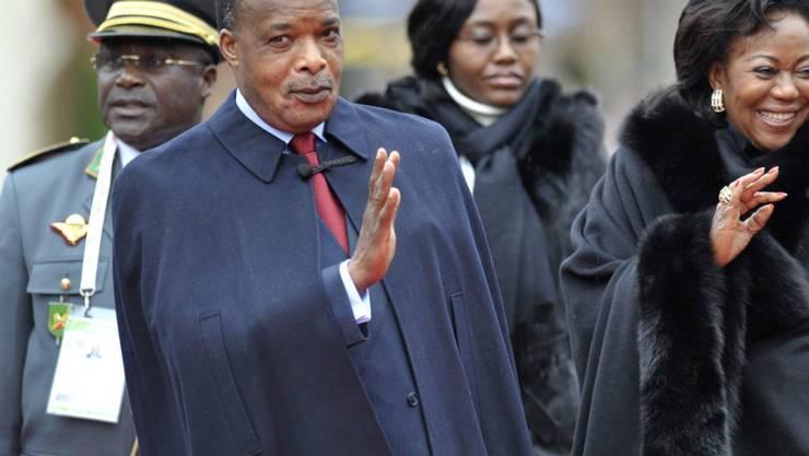 Kongos Präsident Denis Sassou-Nguesso beim Frankofonie-Gipfel in Montreux 2010. Entgegen der aktuellen Verfassung will sich Sassou-Nguesso ein drittes Mal zum Staatschef wählen lassen. (Archivbild)