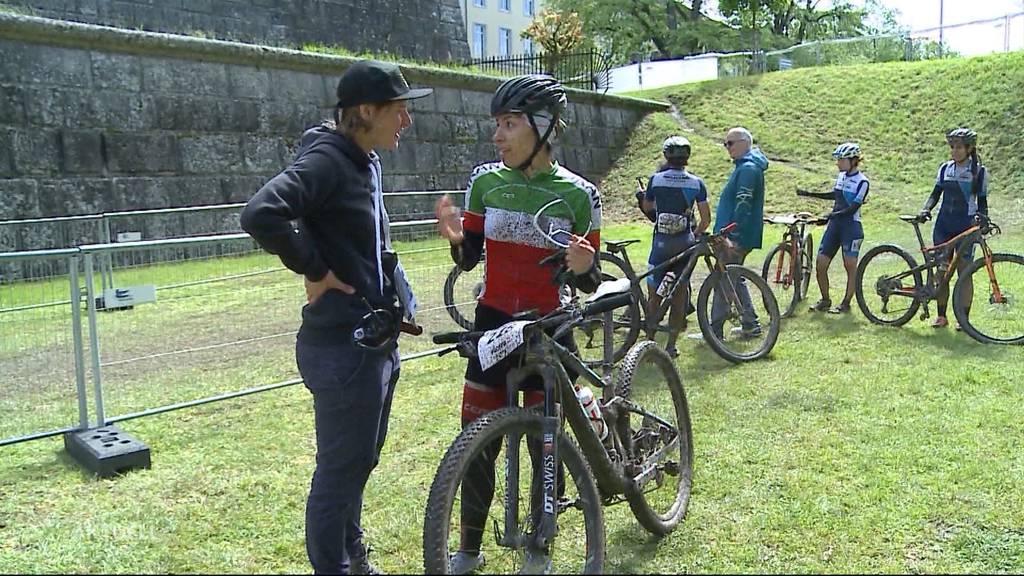 Bikerin aus Iran startet mit Kopftuch an den Bike Days