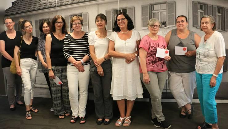 von links: Sandra Schmucki, Lina Weber, Annelies Däppen, Kathy Fagone, Lotti Lohm, Therese Wittwer, Gabriela Garnier, Elisabeth Bünger, Cornelia Gugelmann, Helene Gugelmann