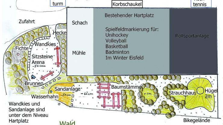 Wenig Platz für Alternative: Auf die Umgestaltung eines Hartplatzstreifens beim Wald wird verzichtet. zvg